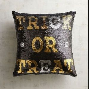 'TRICK OR TREAT'/'BOO' REVERSIBLE SEQUIN PILLOW